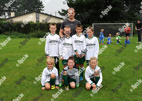 2014-09-06 / Jeugdvoetbal / seizoen 2014-2015 / U8 Minderhout B / Stan Aerts, Siebe Bom, Arne Verheyen, Akke Mertens, Theun Van Dun en Elke Le Clef<br /><br />Foto: Mpics.be