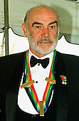 Sean Connery arrives at the White House in Washington, D.C. on December 5, 1999.  The Connerys were in Washington for Sean to receive one of the 1999 Kennedy Center honors..Credit: Ron Sachs / CNP