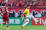 Jiangsu FC Forward Roger Beyker Martinez (R) in action during the AFC Champions League 2017 Round of 16 match between Shanghai SIPG FC (CHN) vs Jiangsu FC (CHN) at the Shanghai Stadium on 24 May 2017 in Shanghai, China. Photo by Marcio Rodrigo Machado / Power Sport Images