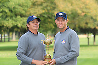 Jason Dufner with Captain Davis Love III at the USA Team photo shoot during Monday's Practice Day of the 39th Ryder Cup at Medinah Country Club, Chicago, Illinois 25th September 2012 (Photo Eoin Clarke/www.golffile.ie)