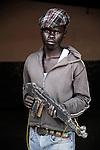 Justin. 17 ans. 5 ans  passés dans les groupes armés. Bukavu, RDC, juillet 2013.