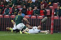Try Mike Brown of England during the 2018 Castle Lager Incoming Series 1st Test match between South Africa and England at Emirates Airline Park,<br /> Johannesburg.South Africa. 09,06,2018 Photo by (Steve Haag Sports)