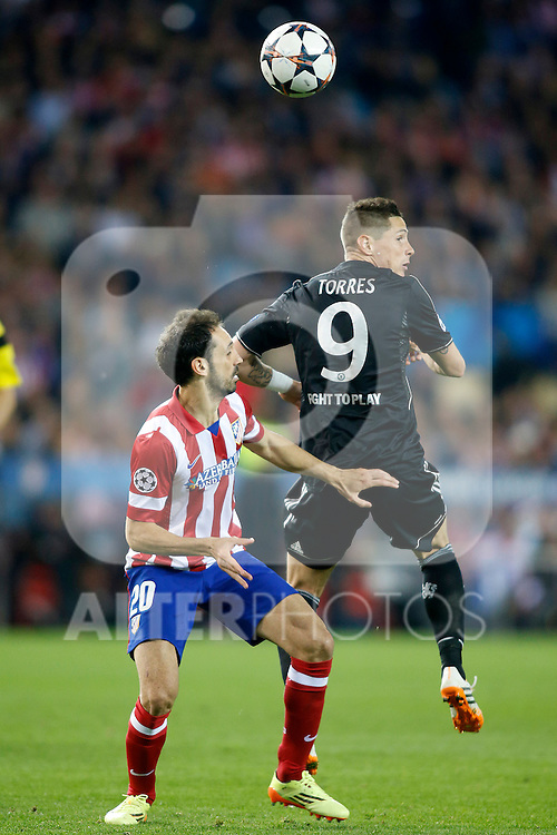 Atletico de Madrid's Juanfran Torres (l) and Chelsea's Fernando Torres during Champions League 2013/2014 match.April 22,2014.(ALTERPHOTOS/Acero)