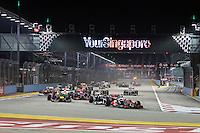 CINGAPURA, CINGAPURA, 23 SETEMBRO 2012 - F1 GP DE CINGAPURA - <br /> Largada no  GP de Cingapura de F&oacute;rmula 1, em Cingapura, neste domingo, 23. (FOTO: PIXATHLON / BRAZIL PHOTO PRESS).