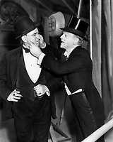 Yankee Doodle Dandy (1942) <br /> James Cagney &amp; Walter Catlett<br /> *Filmstill - Editorial Use Only*<br /> CAP/KFS<br /> Image supplied by Capital Pictures