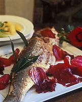 Europe/France/Aquitaine/33/Gironde/Pauillac:  Bar aux chips de betterave - Recette de Thierry Marx chef du restaurant du chateau Cordeillan-Bages
