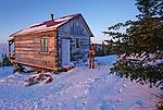 Refuge de l'abattis sur le sentier des Caps dans la région de Charlevoix. Quebec en hiver. Canada
