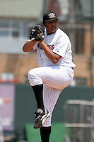 Erie Seawolves Humberto Sanchez during an Eastern League game at Jerry Uht Park on May 28, 2006 in Erie, Pennsylvania.  (Mike Janes/Four Seam Images)