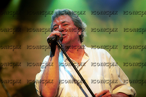 DEEP PURPLE - singer Ian Gillan - performing live at the Orphuem Theatre in Vancouver, Canada - 8 February 2004.  Photo credit: Ashley Maile/IconicPix © Ashley Maile **NO WEBSITES**