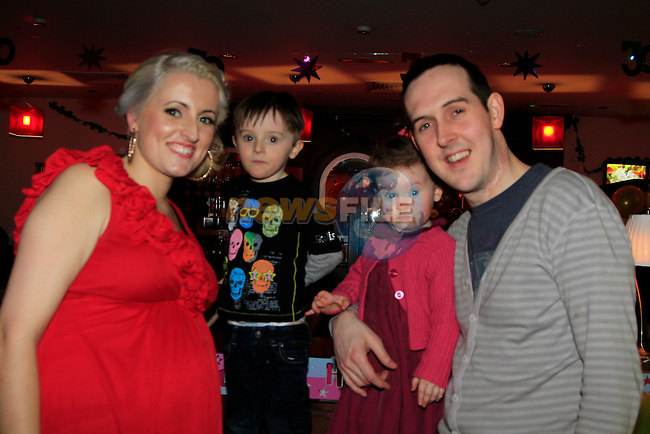 Tracey Kelly 30th and hubby James Son Ceol daughter Caolinnin Nano reids.Picture www.newsfile.ie
