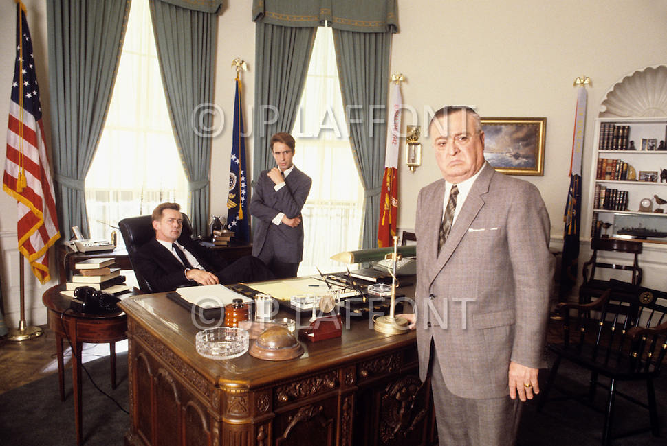 August 1983, New York City. Kennedy TV miniseries written by Reg Gadney and directed by Jim Goddard. Aired on the 20th of November 1983 for the 20th anniversary of the Kennedy assassination. Photo of the stars, Martin Sheen as President John F. Kennedy, John Shea as Robert F. Kennedy and Vincent Gardenia as J. Edgar Hoover.