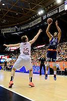 Temporada 2014 - 15 Liga ACB<br /> <br /> Presentaci&oacute;n Valencia Basket<br /> <br /> Amistoso Valencia Basket Club vs Cai Zaragoza<br /> <br /> Kresimir Loncar vs Henk Norel