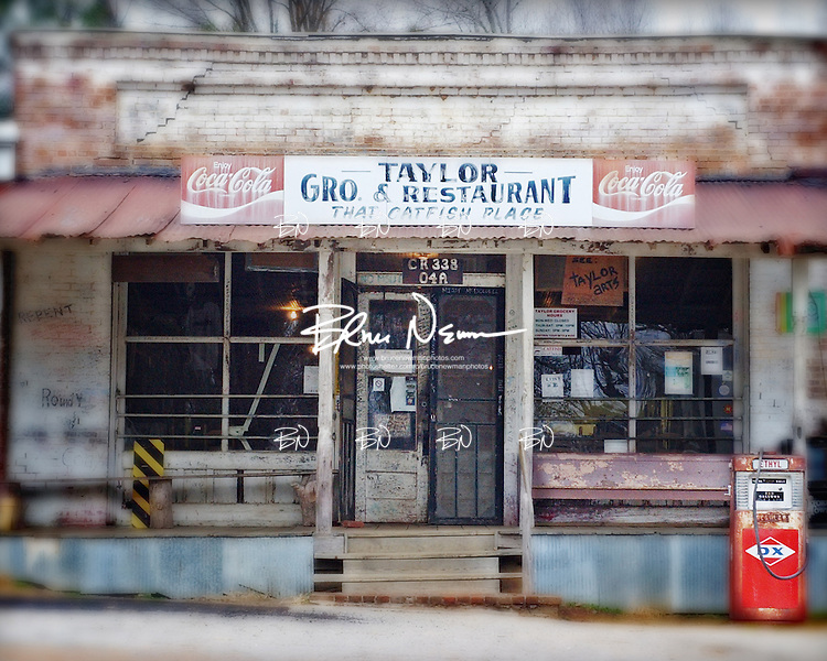 Taylor Grocery in Taylor, Miss.
