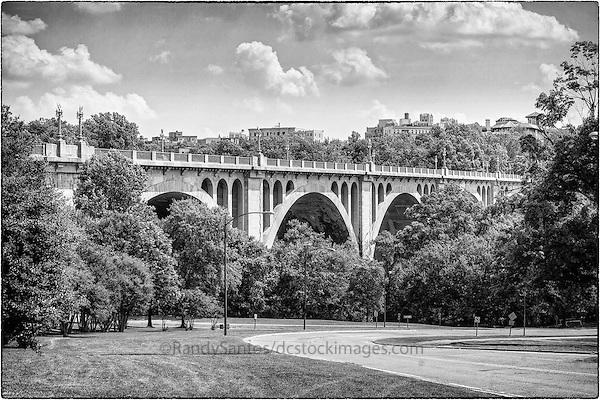 Taft Memorial Brodge Woodley Park Rock Creek Parkway Washington DC