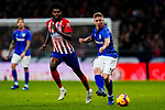 Iker Muniain Goni of Athletic de Bilbao (R) competes for the ball with Thomas Teye Partey of Atletico de Madrid during the La Liga 2018-19 match between Atletico de Madrid and Athletic de Bilbao at Wanda Metropolitano, on November 10 2018 in Madrid, Spain. Photo by Diego Gouto / Power Sport Images