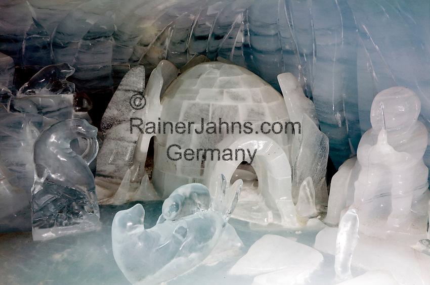 CHE, Schweiz, Kanton Bern, Berner Oberland, Grindelwald: Skulpturen aus Eis im Eispalst des Aussichtsgebaeudes Sphinx auf dem Jungfraujoch   CHE, Switzerland, Bern Canton, Bernese Oberland, Grindelwald: ice sculptures at ice palace of look-out Sphinx (Jungfraujoch)