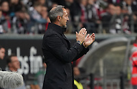 Trainer Adi Hütter (Eintracht Frankfurt) applaudiert - 18.10.2019: Eintracht Frankfurt vs. Bayer 04 Leverkusen, Commerzbank Arena, <br /> DISCLAIMER: DFL regulations prohibit any use of photographs as image sequences and/or quasi-video.