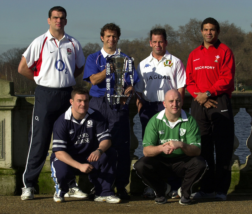 Photo. Richard Lane. .RBS Six Nations Launch, 2003. Hyde Park London. 05/02/2003.Players from the Six Nations teams, (lt to rt) Martin Johnson, Gordon Bullock, Fabien Galthie, Alessandro Troncon , Keith Wood and Colin Charvis.
