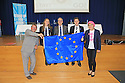 Eddie Izzard and Sammy Wilson of the DUP join Pupils Kirsten Webb, Jonathan Gourley and Principal's  Scott Naismith ahead of this evenings debate on the European Referendum at Methodist College Belfast, Thursday, June 2nd, 2016. Methodist College, Belfast played host to a live EU debate last night with comedian, actor and charity fundraiser Eddie Izzard and DUP East Antrim MP Sammy Wilson going head to head on the key issues in the run up to the referendum on the 23rd June. <br /> Pupils, parents and friends of Methody packed into the School's Whitla Hall for the event chaired by journalist and broadcaster Jim Fitzpatrick. They heard from Eddie Izzard, who as 'a proud British European, is in the midst of a 31-day Stand up for Europe tour campaigning for the UK to remain part of the EU, and Sammy Wilson who is campaigning for the UK to leave.  Photo/Paul McErlane