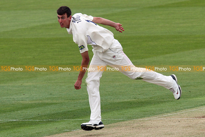 Reece Topley in bowling action for Essex - Middlesex CCC vs Essex CCC - LV County Championship Division Two at Lords Ground - 14/04/11 - MANDATORY CREDIT: Gavin Ellis/TGSPHOTO - Self billing applies where appropriate - Tel: 0845 094 6026