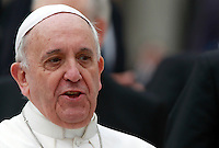 Papa Francesco al termine dell'udienza generale del mercoledi' in Piazza San Pietro, Citta' del Vaticano, 9 aprile 2014.<br /> Pope Francis leaves at the end of his weekly general audience in St. Peter's Square at the Vatican, 9 April 2014.<br /> UPDATE IMAGES PRESS/Isabella Bonotto<br /> <br /> STRICTLY ONLY FOR EDITORIAL USE