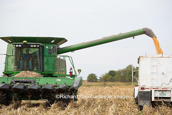 63801-07008 Farmer harvesting corn, Marion Co., IL