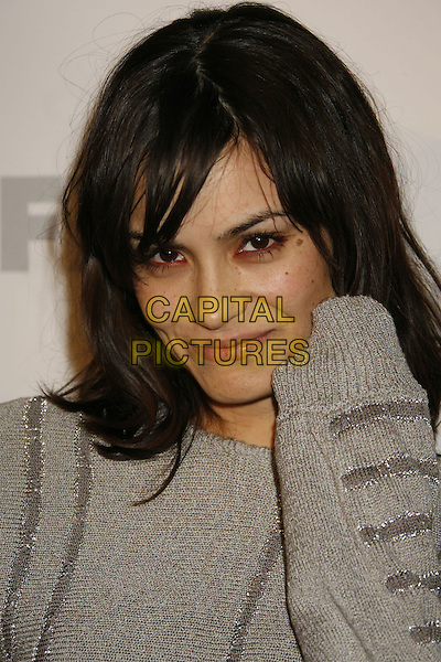 "SHANNYN SOSSAMON.The ""Dirt"" Hollywood premiere, Hollywood, California, USA..December 9th, 2006.headshot portrait .CAP/ADM/RE.©Russ Elliot/AdMedia/Capital Pictures"