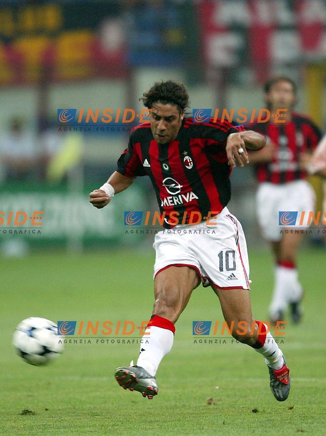 Milano 17/8/2003<br /> Trofeo Berlusconi<br /> Milan - Juventus 0-2<br /> Manuel Rui Costa (Milan) <br /> Foto Andrea Staccioli Insidefoto