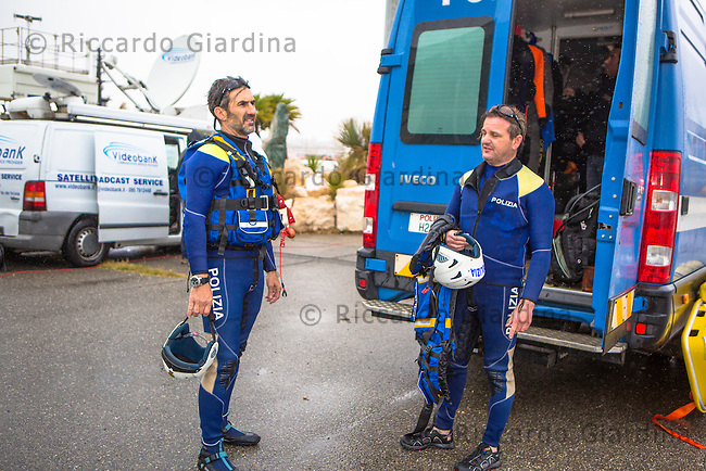 08/05/2016 - Polizia di Stato, Reparto Nautico - Rescue Staff at 2016 Cagliari ITU Triathlon World Cup -
