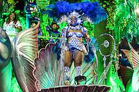 SÃO PAULO, SP, 12.02.16 - CARNAVAL-SP - Integrantes da escola de samba Unidos de Vila Maria quinta colocada do Grupo Especial  durante desfile das campeãs do carnaval de São Paulo no sambódromo do Anhembi na região norte da cidade na madrugada deste sábado, 13. (Foto: Vanessa Carvalho/Brazil Photo Press/Folhapress)