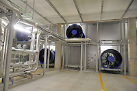 - Ferrera Erbognone (Pavia) il Green Data Center, impianto per la raccolta e la gestione di tutti i dati informatici dell'ENI; impianti di raffreddamento<br /> <br /> - Ferrera Erbognone (Pavia), the Green Data Center, facility for the collection and management of all ENI computer data; cooling systems