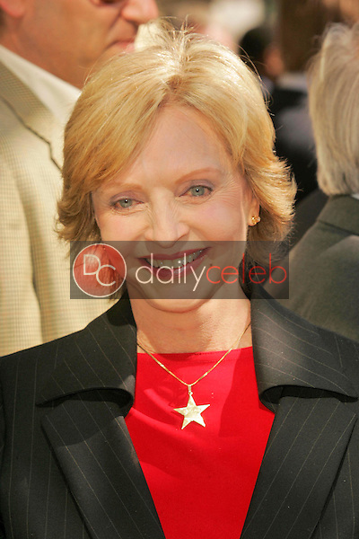 Florence Henderson<br />at the Ceremony honoring Judge Judy Sheindlin with a star on the Hollywood Walk of Fame. Hollywood Boulevard, Hollywood, CA. 02-14-06