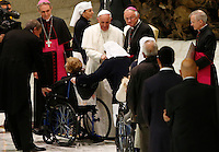 Papa Francesco riceve in udienza gli operatori sanitari in Aula Paolo VI, CItta' del Vaticano, 23 novembre 2013.<br /> Pope Francis attends an audience for healthcare workers in the Paul VI hall at the Vatican, 23 November 2013.<br /> UPDATE IMAGES PRESS/Riccardo De Luca<br /> <br /> STRICTLY ONLY FOR EDITORIAL USE
