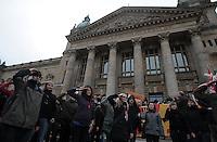 Studentenproteste gegen Zustand und Form des Deutschen Bildungssystems an den Hochschulen und Universitäten. Foto: Norman Rembarz....Norman Rembarz , ( ASV-Autorennummer 41043728 ), Holbeinstr. 14, 04229 Leipzig, Tel.: 01794887569, Hypovereinsbank: BLZ: 86020086, KN: 357889472, St.Nr.: 231/261/06432 - Jegliche kommerzielle Nutzung ist honorar- und mehrwertsteuerpflichtig! Persönlichkeitsrechte sind zu wahren. Es wird keine Haftung übernommen bei Verletzung von Rechten Dritter. Autoren-Nennung gem. §13 UrhGes. wird verlangt. Weitergabe an Dritte nur nach  vorheriger Absprache...GPS:  Länge - E12°22.240' .            Breite - N51°19.998'