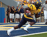 WVU running back Noel Devine. The WVU Mountaineers defeated the East Carolina Pirates 35-20 at Mountaineer Field at Milan Puskar Stadium, Morgantown, West Virginia on September 12, 2009.