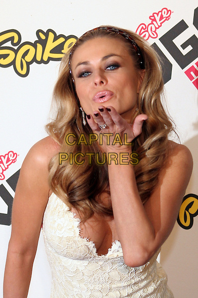 CARMEN ELECTRA.2005 Spike TV Video Game Awards - Arrivals held at the Gibson Amphitheater, Universal City, California..November 18th, 2005.Photo: Zach Lipp/AdMedia/Capital Pictures.Ref: Zl/ADM.headshot portrait cleavage alice band blowing kiss gesture.www.capitalpictures.com.sales@capitalpictures.com.© Capital Pictures.