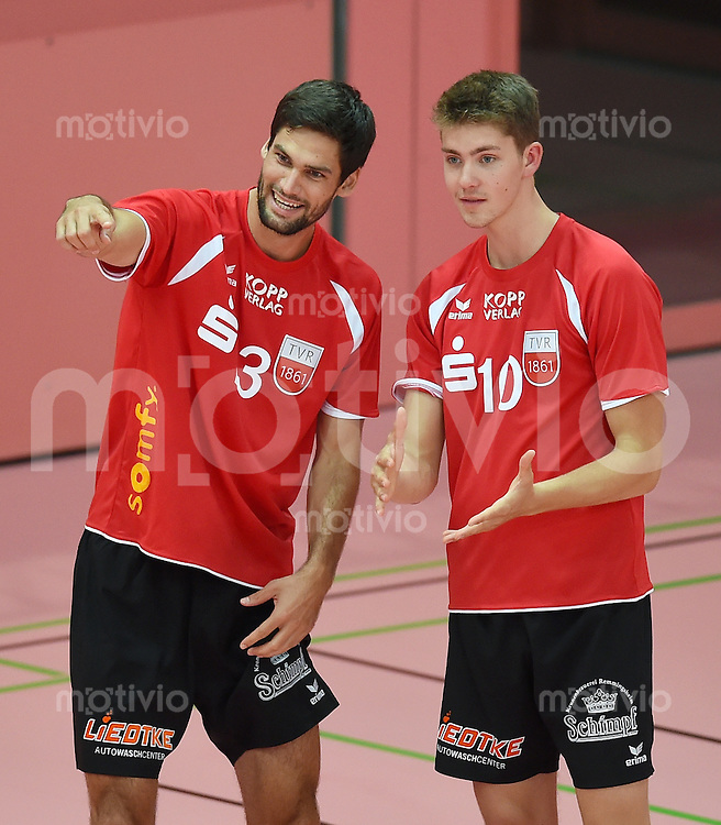 Volleyball 1. Bundesliga  Saison  2014/2015 Testspiel 10.09.2014 in Tuebingen TV Rottenburg  - SV Fellbach Oliver Staab (li, TV Rottenburg) und Tom Strohbach (re, TV Rottenburg)