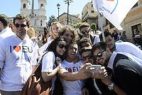 Roma, 9 Maggio 2014<br /> 'I Love EU' - Flash mob organizzato da Scelta Civica in occasione della Festa dell'Europa.<br /> Selfie.