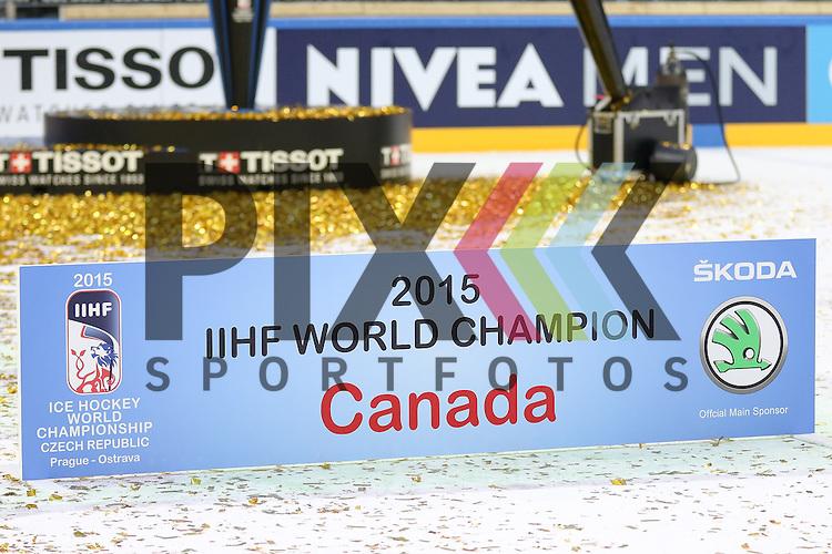 Canada, World Champions nach dem Spiel IIHF WC15 Finale Russia vs. Canada die Cermony Gold.<br /> <br /> Foto &copy; P-I-X.org *** Foto ist honorarpflichtig! *** Auf Anfrage in hoeherer Qualitaet/Aufloesung. Belegexemplar erbeten. Veroeffentlichung ausschliesslich fuer journalistisch-publizistische Zwecke. For editorial use only.