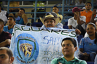 MONTERIA - COLOMBIA, 15-03-2018: Hinchas del Jaguares animan a su equipo durante partido entre Jaguares FC y América de Cali  por la fecha 8 de la Liga Aguila I 2018 jugado en el estadio Municipal de Monteria. / Fans of Jaguares cheer for their team during the match between Jaguares FC and America de Cali for the date 8 of the Liga Aguila I 2018 at the Municipal de Monteria Stadium in Monteria city. Photo: VizzorImage / Andres Felipe Lopez / Cont