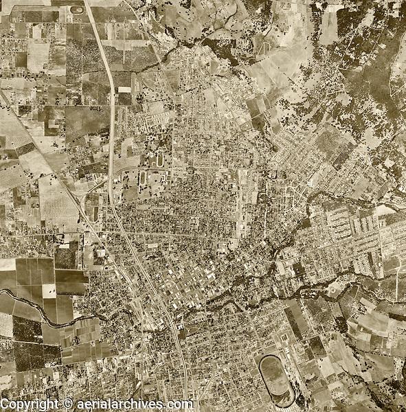 historical aerial photograph Santa Rosa, Sonoma County, California, 1952