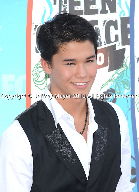 UNIVERSAL CITY, CA. - August 08: Boo Boo Stewart arrives at the 2010 Teen Choice Awards at Gibson Amphitheatre on August 8, 2010 in Universal City, California.