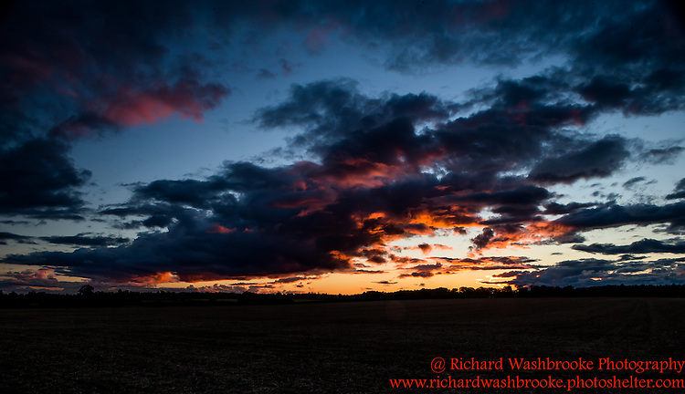 Sunset - Harpenden  23rd August 2015  <br /> <br /> Photo:  - Richard Washbrooke Photography