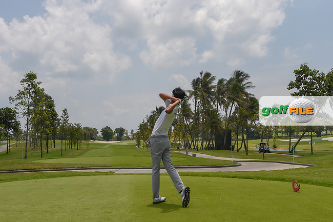 Parathakorn SUYASRI (THA) watches his tee shot on 16 during Rd 1 of the Asia-Pacific Amateur Championship, Sentosa Golf Club, Singapore. 10/4/2018.<br /> Picture: Golffile | Ken Murray<br /> <br /> <br /> All photo usage must carry mandatory copyright credit (© Golffile | Ken Murray)