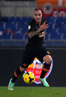 Calcio, ottavi di finale di Coppa Italia Tim: Roma vs Sampdoria. Roma, stadio Olimpico, 9 gennaio 2014.<br /> AS Roma midfielder Radja Nainggolan, of Belgium, in action during the Italy Cup round of sixteen football match between AS Roma and Sampdoria at Rome's Olympic stadium, 9 January 2014.<br /> UPDATE IMAGES PRESS/Isabella Bonotto