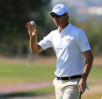 Nicolas Colsaerts (BEL) sinks his putt on the 9th green during Thursday's Round 1 of the 2016 Portugal Masters held at the Oceanico Victoria Golf Course, Vilamoura, Algarve, Portugal. 19th October 2016.<br /> Picture: Eoin Clarke | Golffile<br /> <br /> <br /> All photos usage must carry mandatory copyright credit (&copy; Golffile | Eoin Clarke)