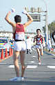 (L to R) Koki Nanba (Waseda-Univ), Takaaki Osako (Waseda-Univ), JANUARY 2, 2012 - Athletics : The 88th Hakone Ekiden Race Hiratsuka Relay place in Kanagawa, Japan. (Photo by Atsushi Tomura/AFLO SPORT) [1035].