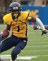 WVU wide receiver Tavon Austin. The WVU Mountaineers defeated the East Carolina Pirates 35-20 at Mountaineer Field at Milan Puskar Stadium, Morgantown, West Virginia on September 12, 2009.