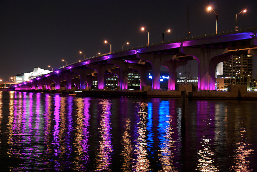 View or Julia Tuttle Causeway, and I-195, on the Background, View of Miami Center of Performing Arts.