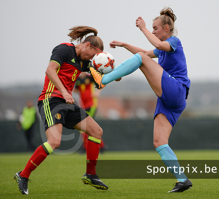 20170914 - TUBIZE ,  BELGIUM : Belgian Lenie Onzia (left) pictured in a duel with Dutch Jill Roord (r) during the friendly female soccer game between the Belgian Red Flames and European Champion The Netherlands , a friendly game in the preparation for the World Championship qualification round for France 2019, Thurssday 14 th September 2017 at Euro 2000 Center in Tubize , Belgium. PHOTO SPORTPIX.BE | DAVID CATRY